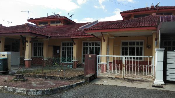 Teres 1 Tingkat, No. 301 Jalan Sarina 6 Taman Tunku Sarina, Jitra Kedah Picture
